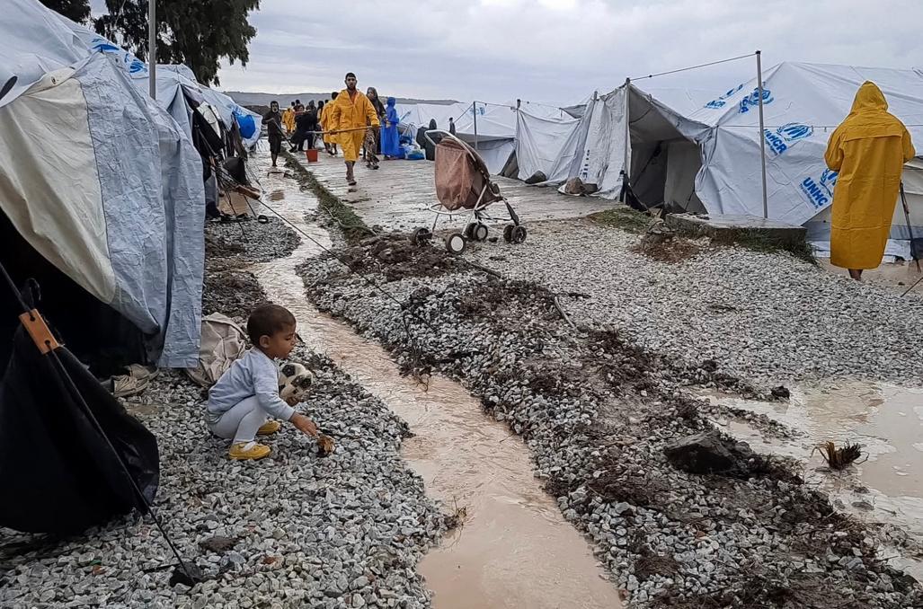 Kinderen in de modder van Moria verdienen beter